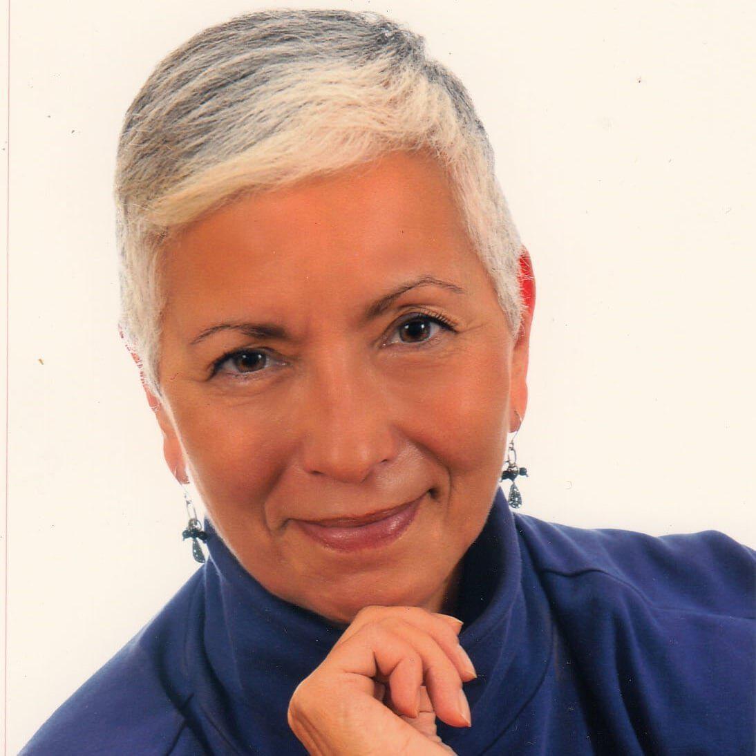 Mrs. Antonaros, Suzanne